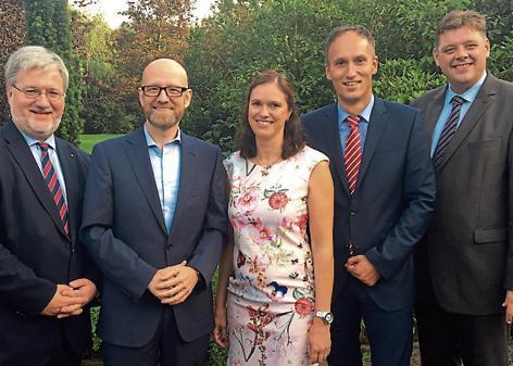 Sind motiviert (v.l.): Stephan Albani, Peter Tauber, Ilka Studnik, Markus Berg und Jens Nacke